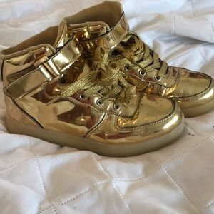 Gold light up sneakers high tops basketball shoes